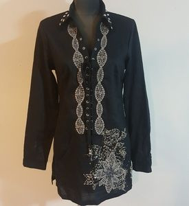 Spice & Roses Lace Up Embroidered Tunic Top